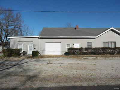 1119 W WASHINGTON ST, Cuba, MO 65453 - Photo 2