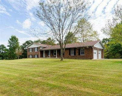 1642 DAY DR, St Clair, MO 63077 - Photo 2