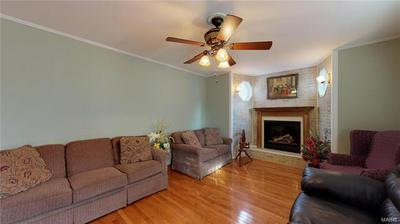 8 W ASH ST, NEW BADEN, IL 62265 - Photo 2