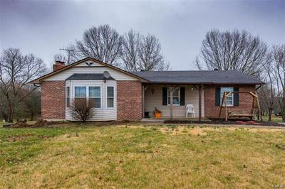 663 HOMESTEAD LN, VILLA RIDGE, MO 63089 - Photo 1