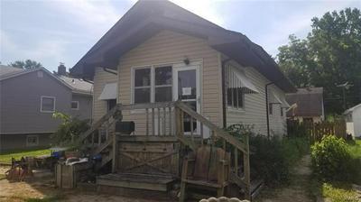 206 HENRY ST, Gillespie, IL 62033 - Photo 2