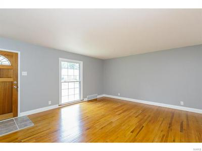 1375 SPRING VALLEY DR, Florissant, MO 63033 - Photo 2