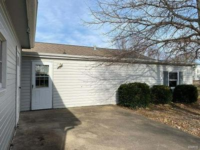 103 E LINCOLN ST, Clayton, IL 62324 - Photo 2