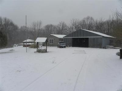 16673 POWERLINE RD, GRAFTON, IL 62037 - Photo 2