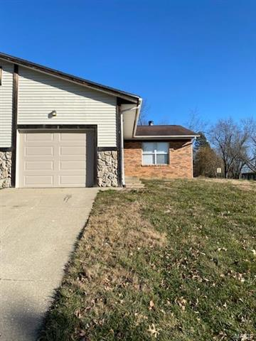 8 INNSBRUCK LN, Shiloh, IL 62221 - Photo 1