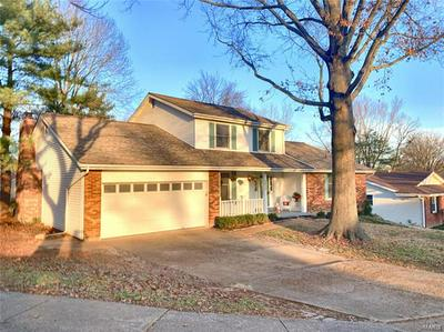 2012 EMERALD CREST CT, Chesterfield, MO 63017 - Photo 2