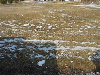 551 W LOGAN ST, Aviston, IL 62216 - Photo 1