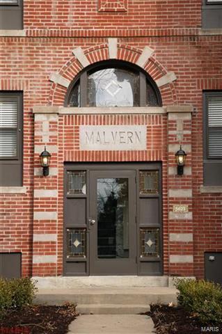5621 PERSHING AVE APT 12, St Louis, MO 63112 - Photo 2
