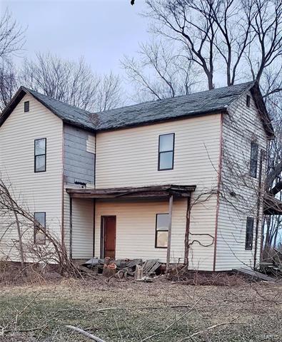 4134 BLACKBURN RD, Edwardsville, IL 62025 - Photo 1
