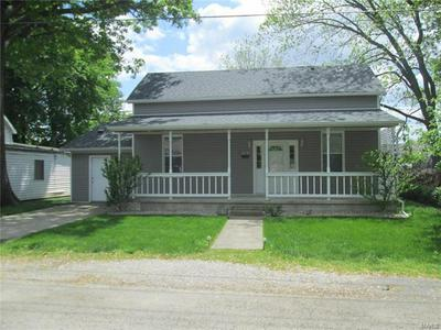 218 N 1ST ST, Breese, IL 62230 - Photo 2