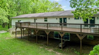 76 CARDINAL LN, Hillsboro, IL 62049 - Photo 2