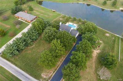 5042 KRAFT RD, Freeburg, IL 62243 - Photo 2