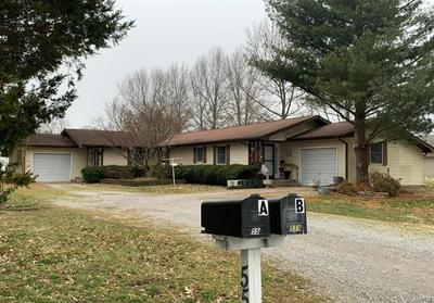 5559 COUNTRY CLUB RD, Murphysboro, IL 62966 - Photo 2