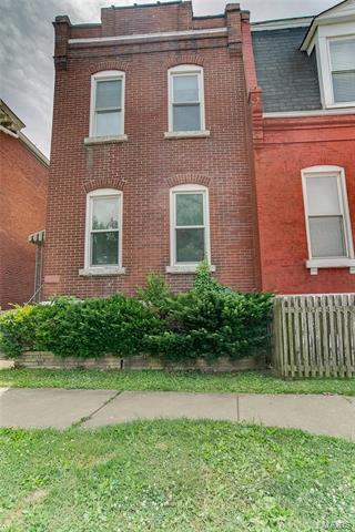 7606 VIRGINIA AVE, St Louis, MO 63111 - Photo 1