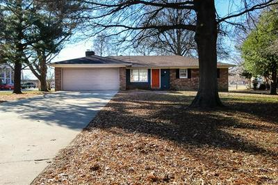 913 DAVIS BLVD, SIKESTON, MO 63801 - Photo 2