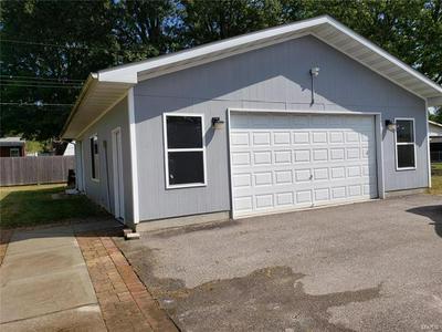 28 KIRBY LN, Belleville, IL 62223 - Photo 2