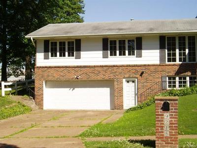 9216 MOUNTAIN ASH TRL, Crestwood, MO 63126 - Photo 2