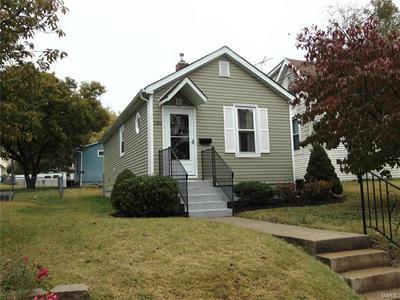 130 COLLINSVILLE AVE, Collinsville, IL 62234 - Photo 2