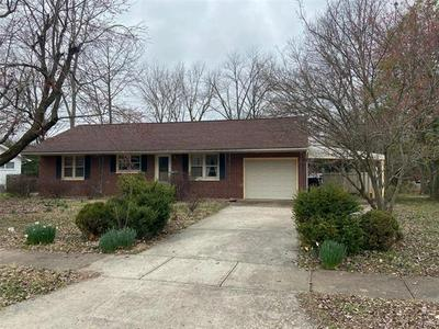 706 S TAYLOR DR, CARBONDALE, IL 62901 - Photo 1