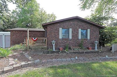 9451 N HIGHWAY 61, St Mary, MO 63673 - Photo 2