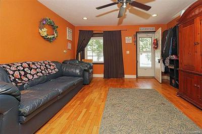 323 EDMONDSON ST, SIKESTON, MO 63801 - Photo 2