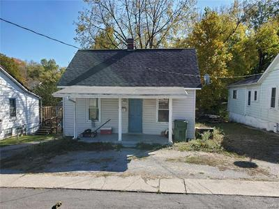 1106 SPRING ST, Chester, IL 62233 - Photo 1