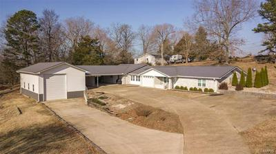 615 E HIGHWAY ST, Doniphan, MO 63935 - Photo 1