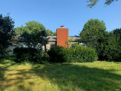 206 MCKNIGHT RD, Fairview Heights, IL 62208 - Photo 2