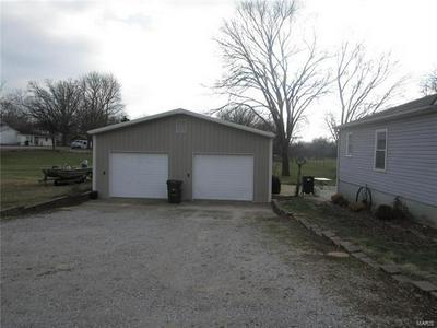 117 HENRIETTA LN, Perryville, MO 63775 - Photo 2
