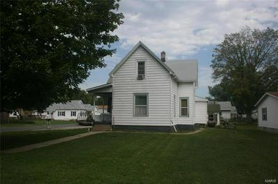 502 MORGAN ST, CARLINVILLE, IL 62626 - Photo 2