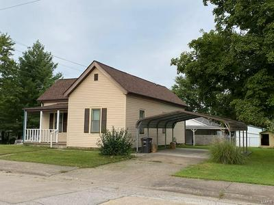 320 S SHELBY ST, Perryville, MO 63775 - Photo 2