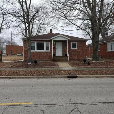 207 S MAIN ST, Marissa, IL 62257 - Photo 1