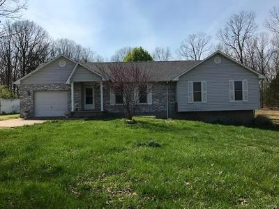 105 OAKDALE CIR, Cuba, MO 65453 - Photo 1