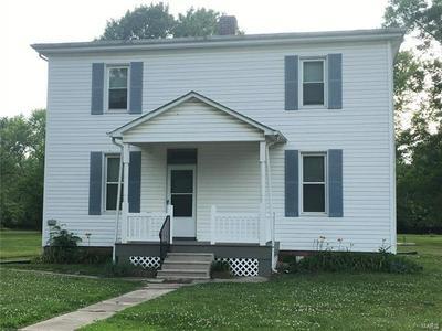 513 N HENRIETTA ST, Okawville, IL 62271 - Photo 1