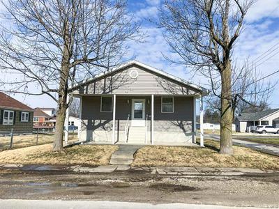 801 W 5TH ST, STAUNTON, IL 62088 - Photo 1