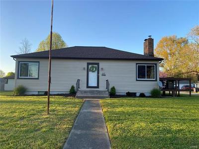 807 E MAIN ST, Steeleville, IL 62288 - Photo 1