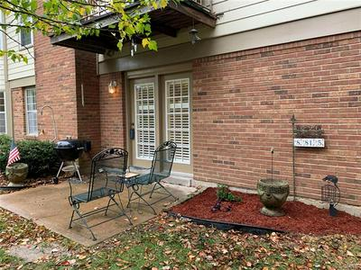 8815 PARDEE FOREST DR APT B, St Louis, MO 63123 - Photo 1