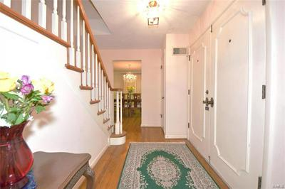 7250 GREENWAY AVE, St Louis, MO 63130 - Photo 2