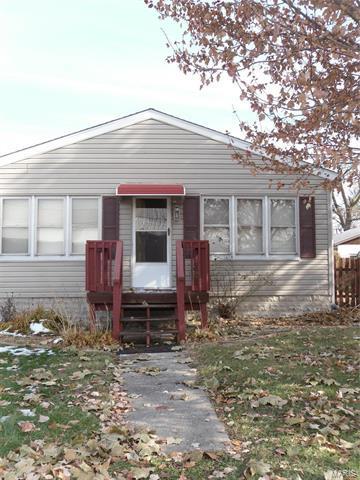 112 VELMA AVE, South Roxana, IL 62087 - Photo 1