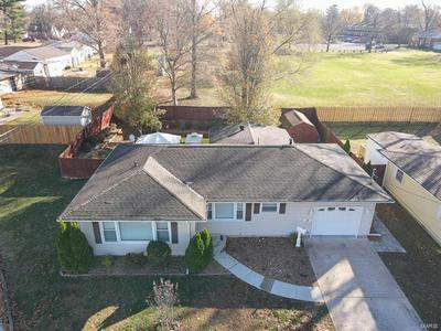 10 TIMOTHY LN, Belleville, IL 62226 - Photo 1