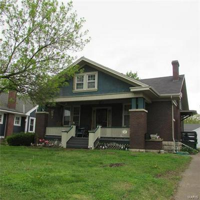 2125 STATE ST, Quincy, IL 62301 - Photo 1