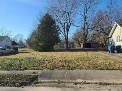 307 SCHNEIDER ST, Carterville, IL 62918 - Photo 1