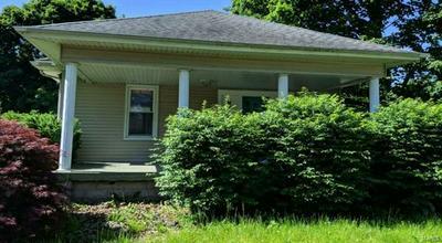 521 W JACKSON ST, Auburn, IL 62615 - Photo 1