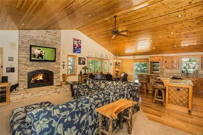 525 E COUNTRY CLUB BLVD, Big Bear City, CA 92314 - Photo 2
