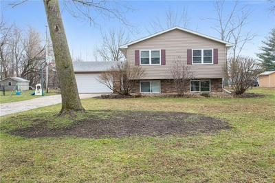 490 BEVERLY ST, ROBINS, IA 52328 - Photo 2