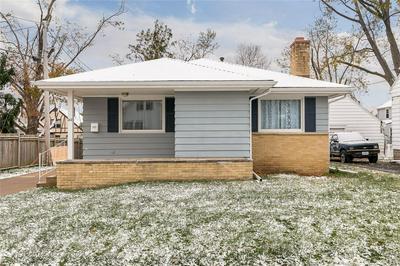 513 MEMORIAL DR SE, Cedar Rapids, IA 52403 - Photo 2