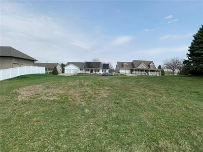 404 EAGLE CT, SHELLSBURG, IA 52332 - Photo 2