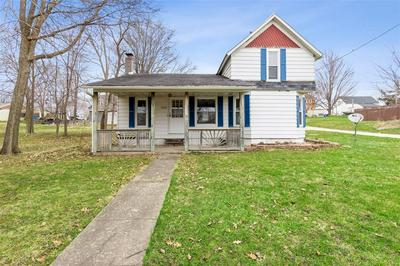 102 SOUTH ST, Urbana, IA 52345 - Photo 1