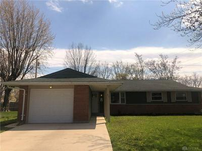 411 BROWNSTONE DR, Englewood, OH 45322 - Photo 2
