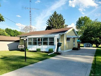 617 GWYNNE ST, Urbana, OH 43078 - Photo 1